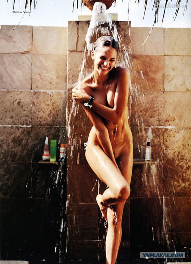 фото ню душ