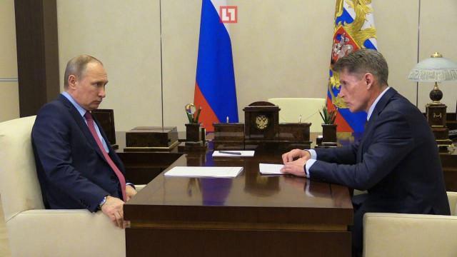 Глава Сахалина рассказал Путину о зарплатах врачей в 90 тысяч рублей