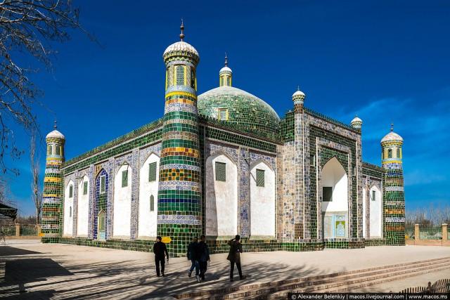"""Исчезающий Туркестан. Самый западный - и при этом самый """"восточный"""" город Китая"""