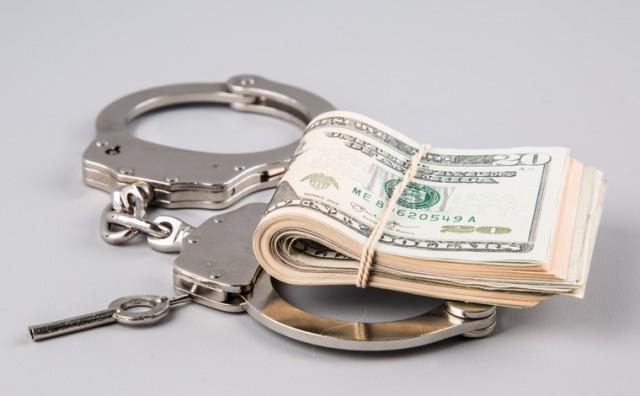 У Захарченко опять нашли деньги... и магазин