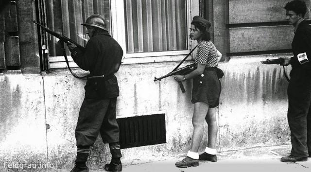 Как девчонка в шортиках стала символом Сопротивления