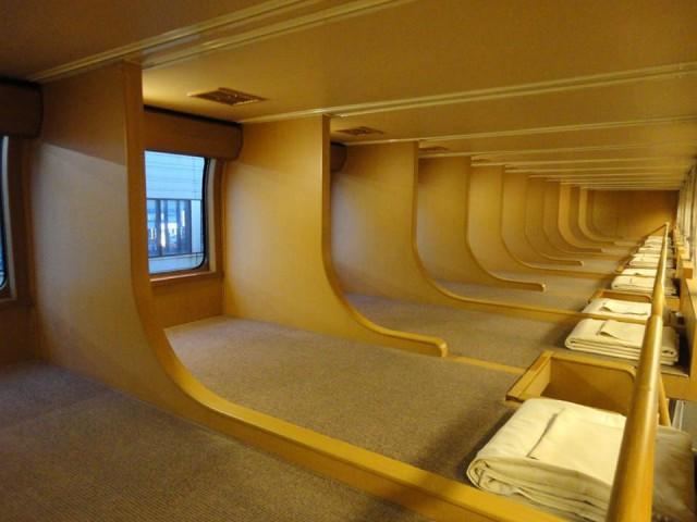 Вагоны-спальни в японских поездах