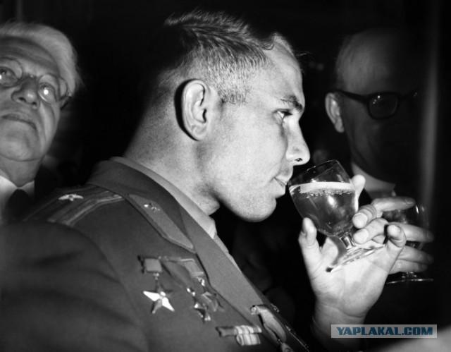Кадры из жизни Юрия Гагарина