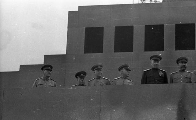 Военный парад весна 1951 года. Часть 2.