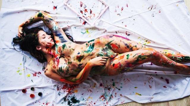 Rhona mitra desnuda
