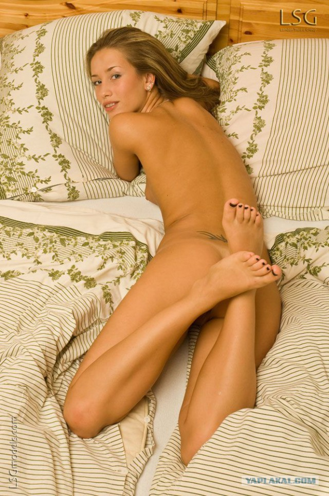 Eve Nela  милая суперсекси модель