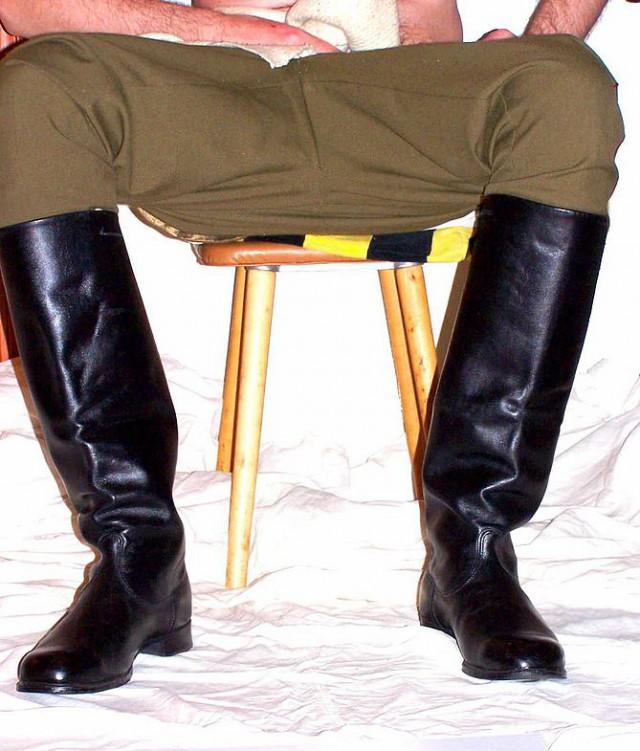 Сапоги офицерские хромовые размер 41 ош , подкладка -кожа