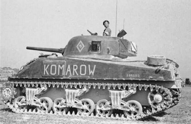 Что это за русский Комаров, фамилию которого нанесли на американский танк?
