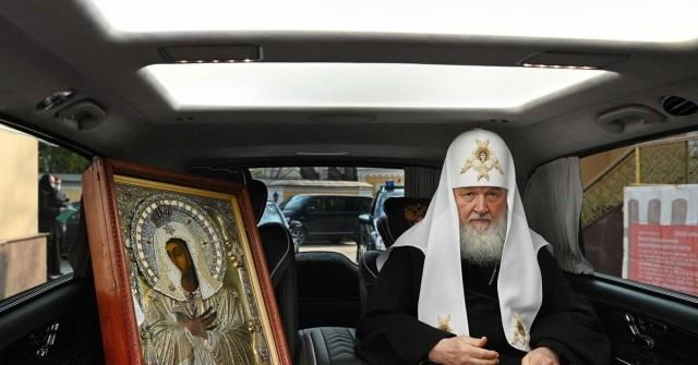 Патриарх Кирилл призвал паству не верить слухам о его богатстве.