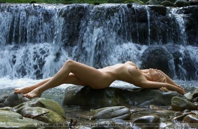 Этот... водопад - просто отпад!