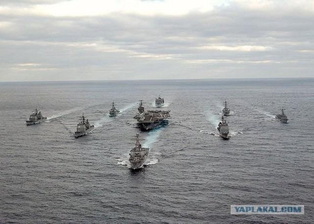 Три американских авианосца планируют отправить к берегам Южной Кореи