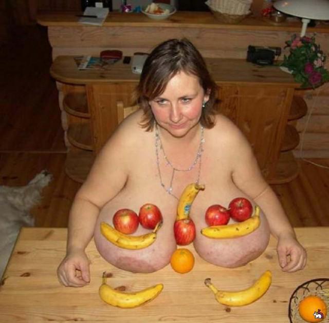 Девушки с большой грудью.