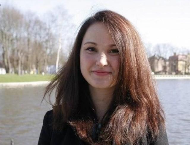 Потерявшая туфлю участница парада в Калининграде прокомментировала случившееся: «Понимала, что не могу подвести «коробку»
