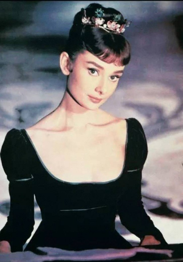 The special edition: Audrey Hepburn