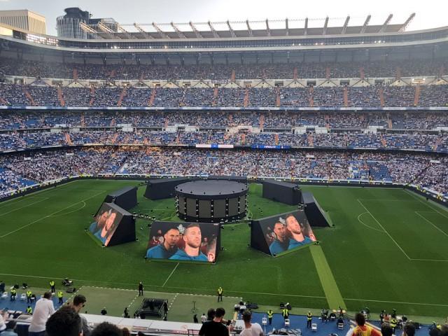 Так смотрят финал болельщики Реала в Мадриде!