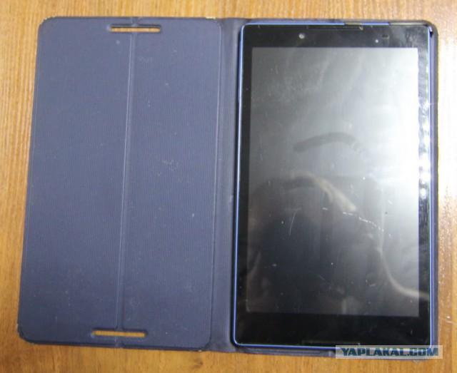 """Продам 8"""" смартфон/планшет Lenovo TAB3 8 TB3-850M"""