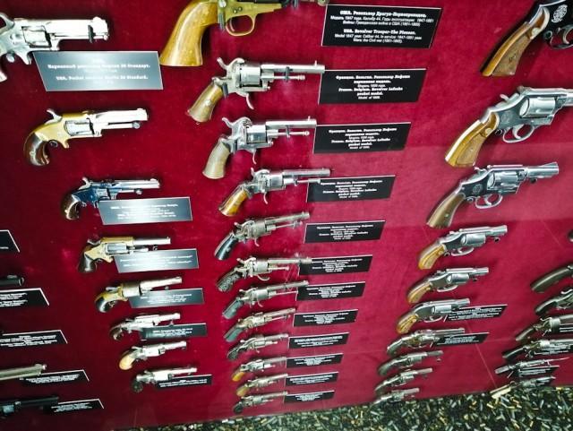 Частная коллекция оружия Игоря Алтушкина