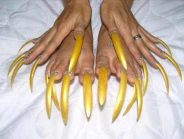 Брови, ногти и...