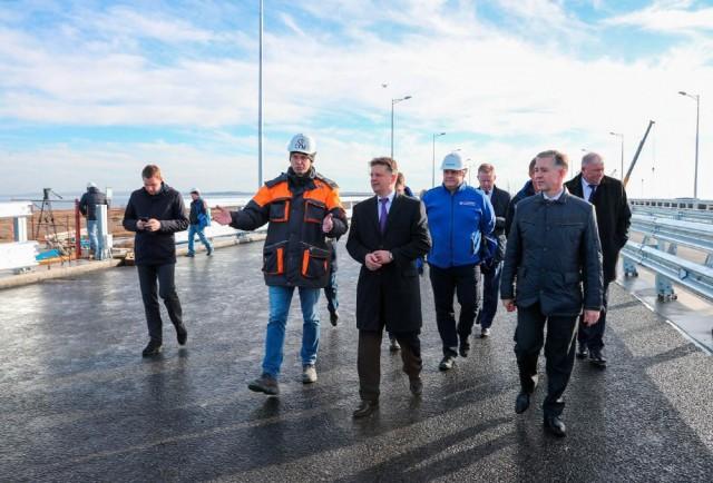 Первые фото готового участка Крымского моста
