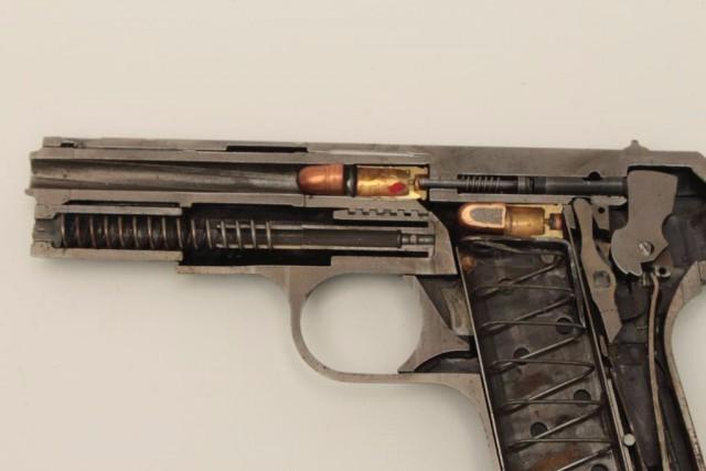 Оружие в разрезе. Красивые картинки