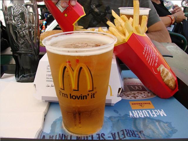 В российском McDonald's может появиться пиво