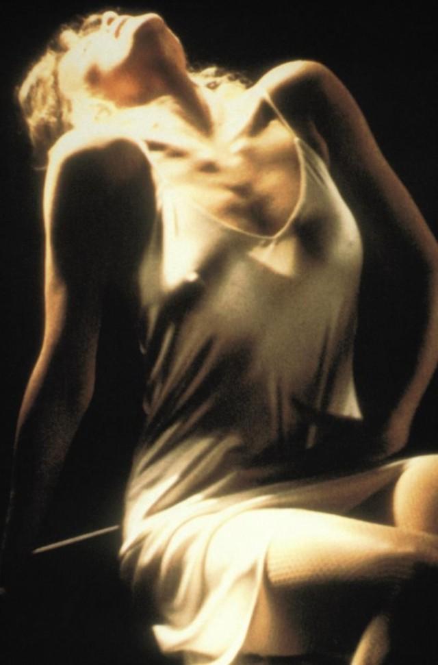 Голая Грудь Бетти Верже – Греческая Смоковница (1976)
