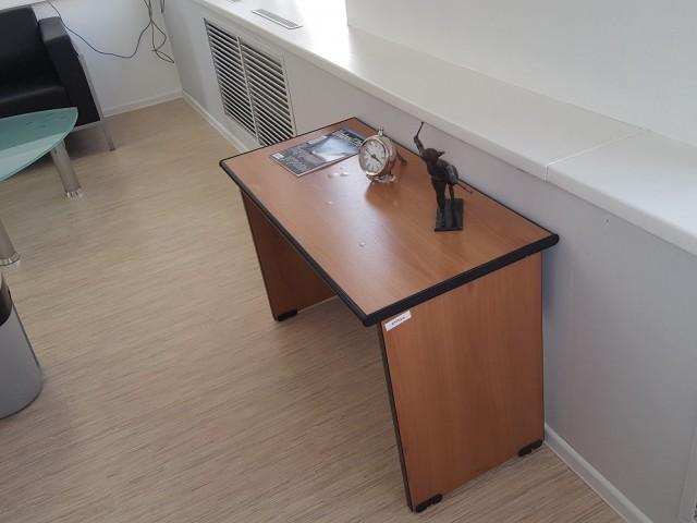 Офисная мебель из кабинета 40 кв.м.