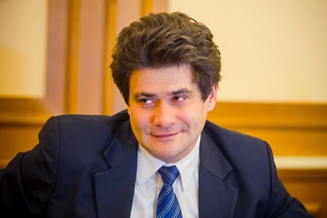 Бедненькие: уральские чиновники отказались работать за 150 тыс. рублей