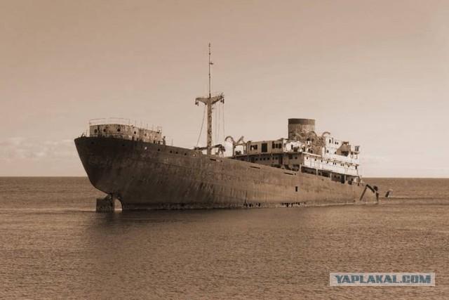 Тайна корабля с мертвым экипажем, найденном в том же месте, где пропал малайзийский лайнер