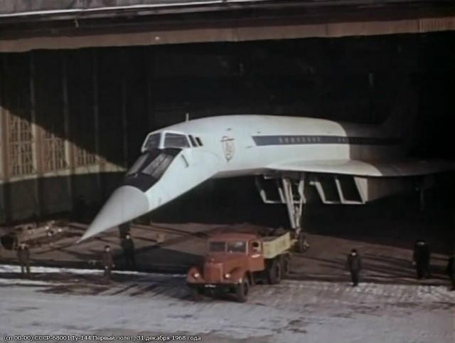 Первый полет Ту-144