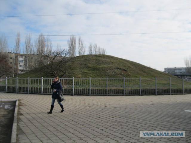 Древнейшие в России памятники архитектуры - 2 (Царский Курган)