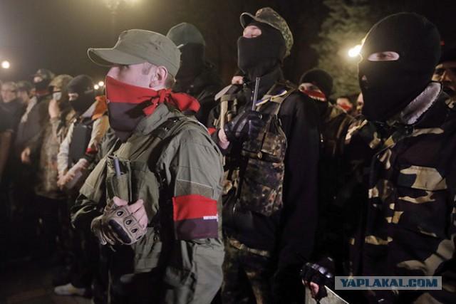 «Правый сектор» в Донбассе несет потери