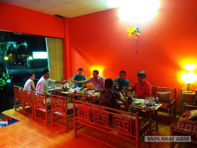 Продается работающее кафе/караоке/бар в городе Вунг Тау Вьетнам