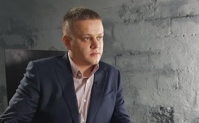 Потерявший семью в «Зимней вишне» победил на праймериз «Единой России»