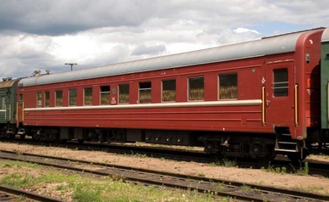 Почему раньше поезда были зеленого цвета?