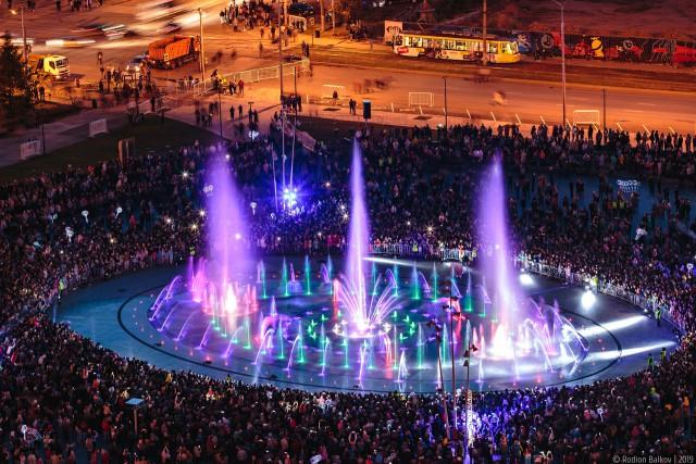 Дубаи просто отдыхают! В Перми на День Города 12 июня запустили главный городской музыкальный фонтан