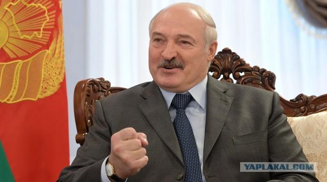 Лукашенко поблагодарил «рискнувшего приехать в Минск» Помпео