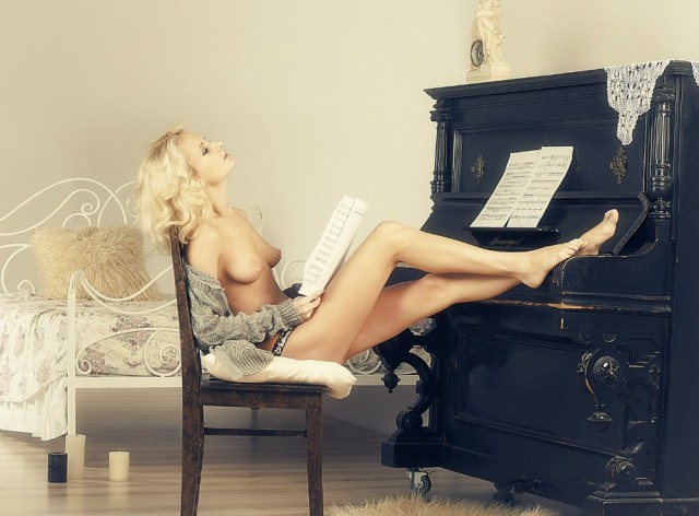 Сексуальные Музыкантки. 16+