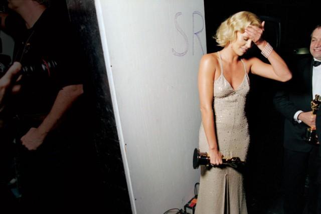 """Что происходит за кулисами церемонии """"Оскар"""": лучшие фотографии прошлых лет"""