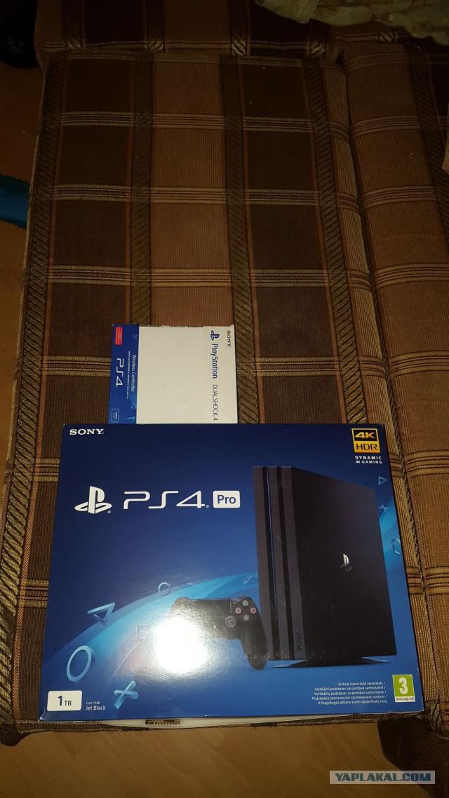 Sony PlayStation 4 Pro (1TB) (CUH-7116B) + 2-й геймпад + зарядная станция + игры
