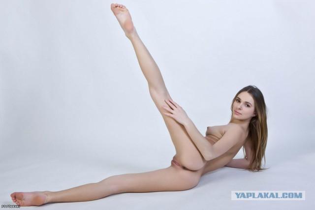 osmotr-devushki-u-vracha-porno