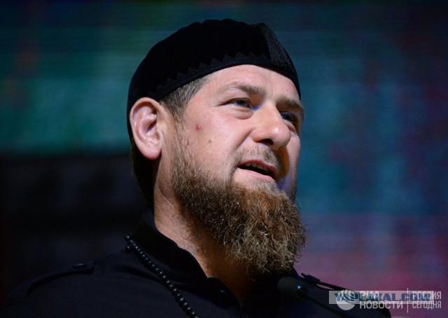 Кадыров потребовал от кинувшего банку в пассажира метро прибыть в Грозный