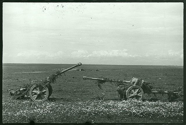 Фотоархив Великой Отечественной войны: найденные снимки фотокорреспондента С. И. Лоскутова