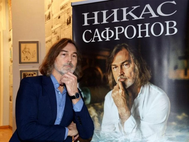 Суд оценил полотна Никаса Сафронова в 10 раз дешевле