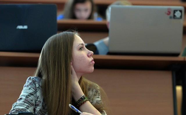 В Думу внесли проект закона об обязательном распределении после вуза