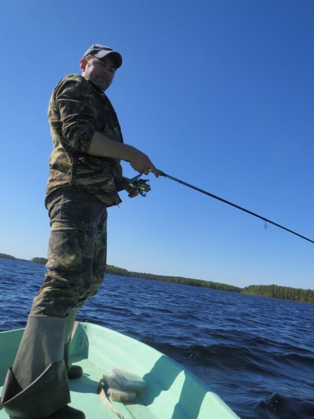 с кем сьездить на рыбалку