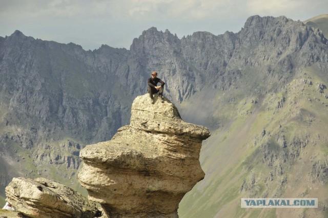 Эльбрус. Обе вершины.