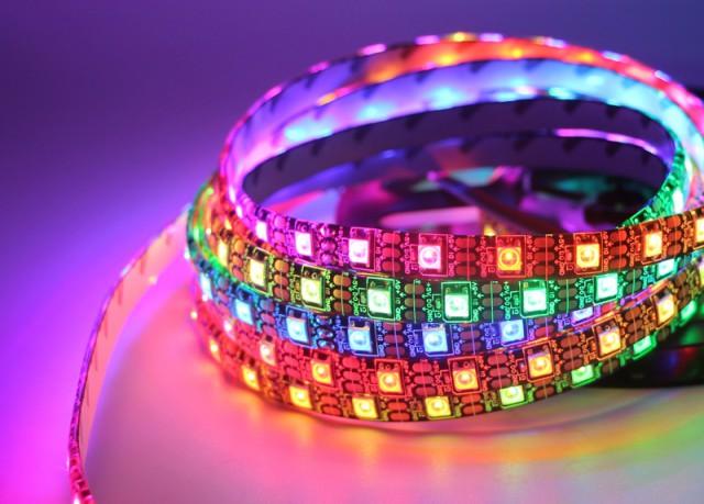 К новому году готов! Изготовил разноцветный светильник