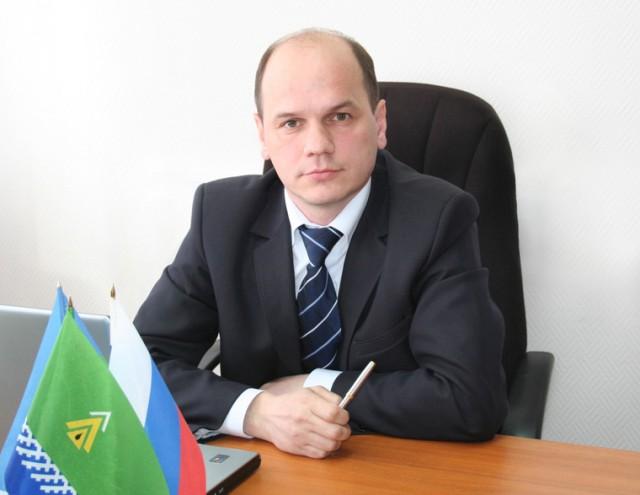 Югорский мэр, купавшийся в ванне с нефтью, покончил с собой