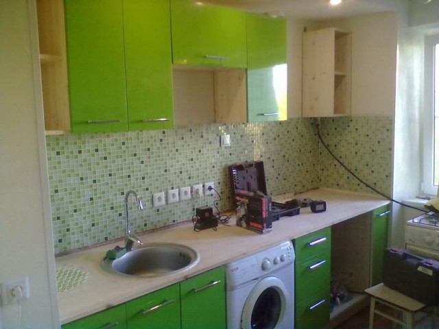 Ремонт на кухне своими руками стены